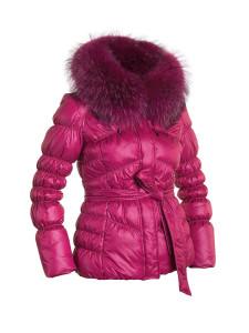 Cколько пальто должно быть в гардеробе женщины