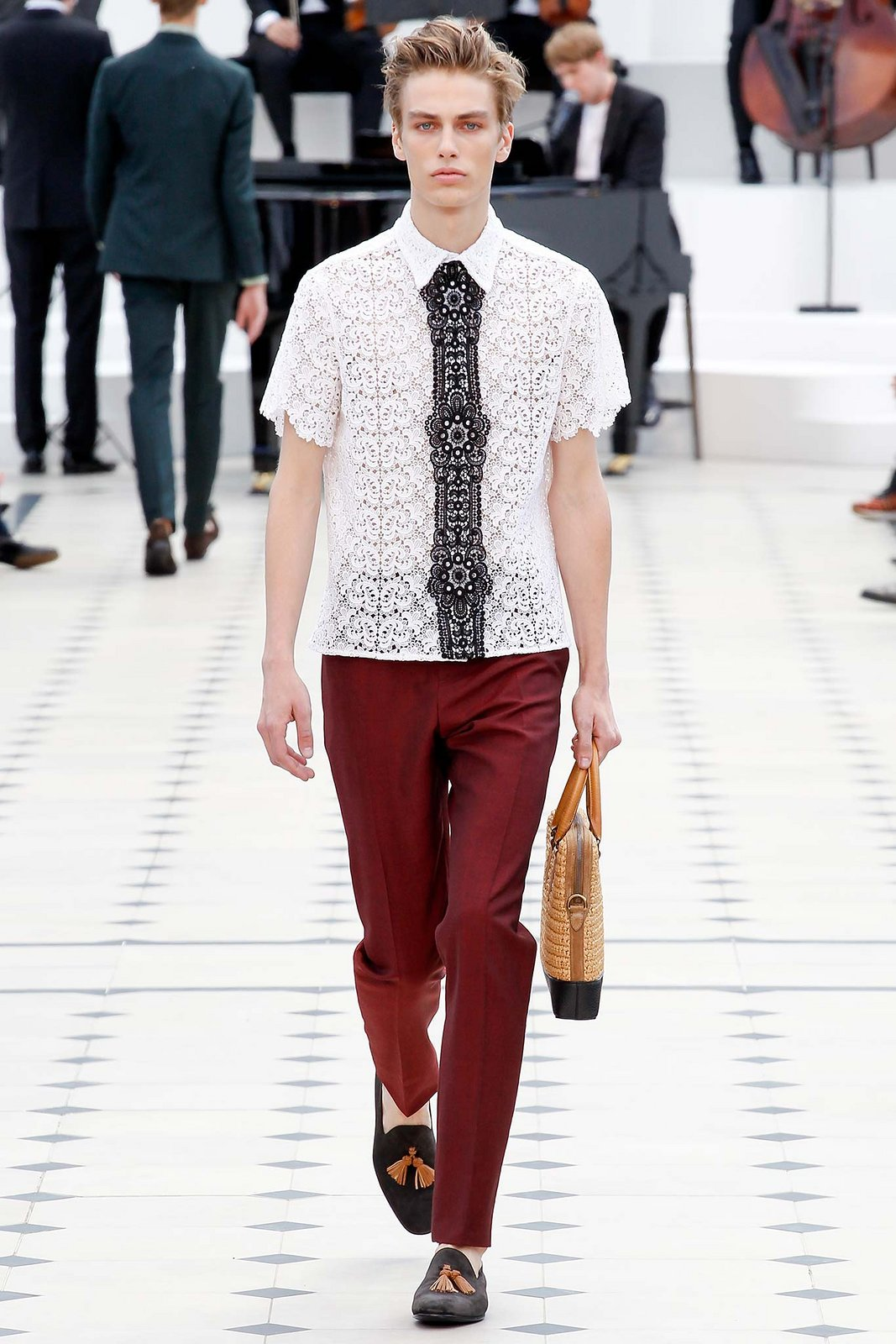 spring-2016-menswear-trends-01-lace-03